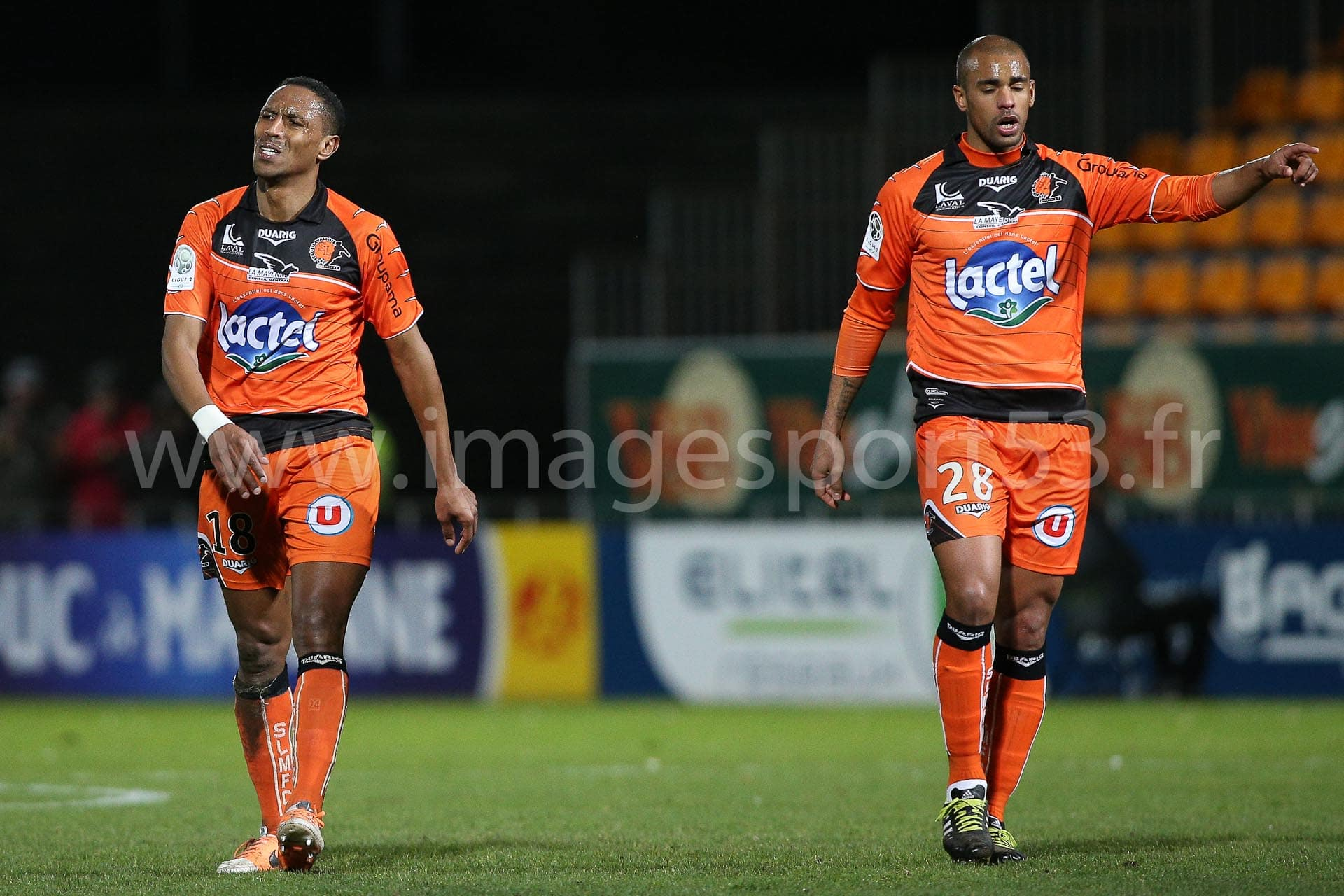 Hassane ALLA (Stade Lavallois), Gary COULIBALY (Stade Lavallois)