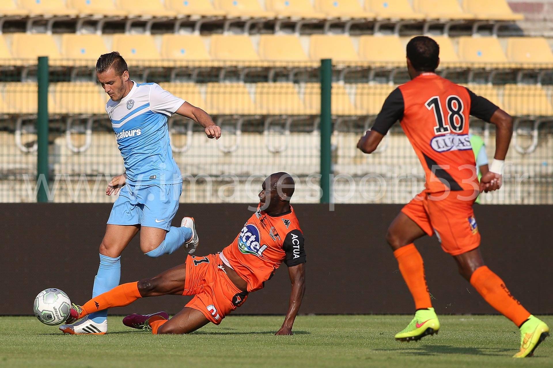 NG-Ligue2-1415-Amical6_Tours-Laval_8