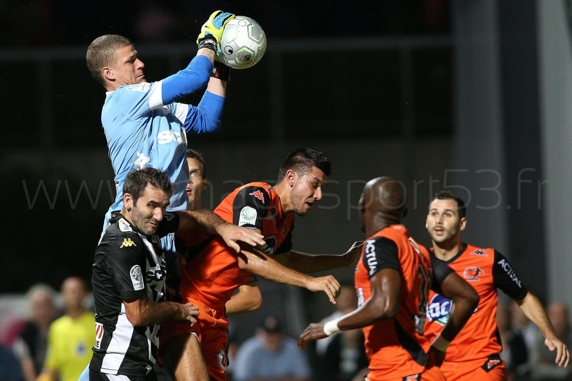 NG-Ligue2-1415-J07-Laval-Angers_32
