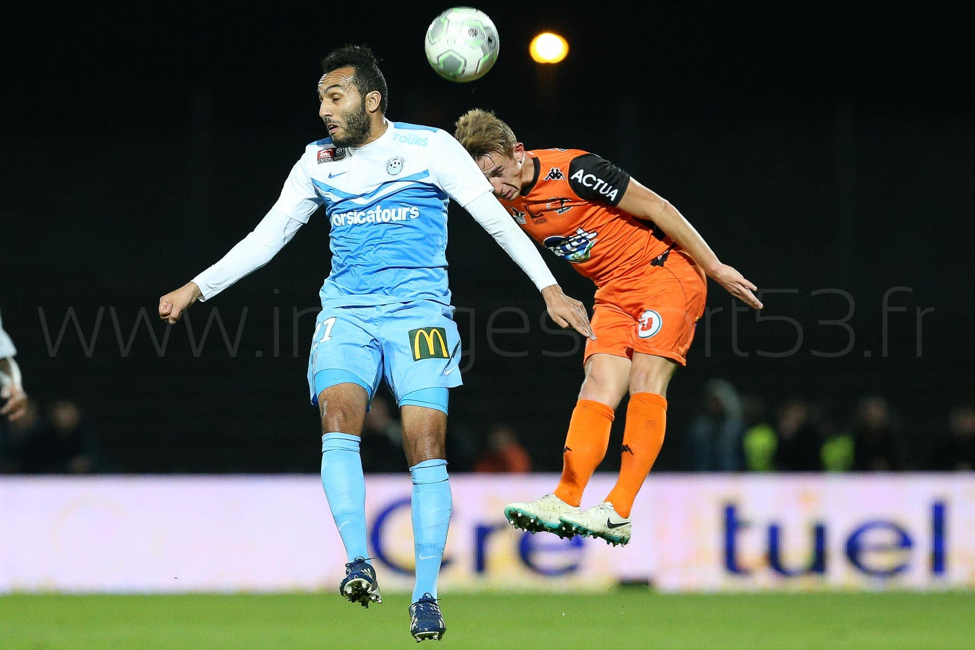 Youssef ADNANE (Tours FC), Kevin PERROT (Stade Lavallois)