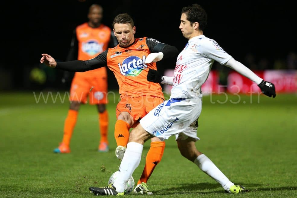 Stade Lavallois-ES Troyes AC