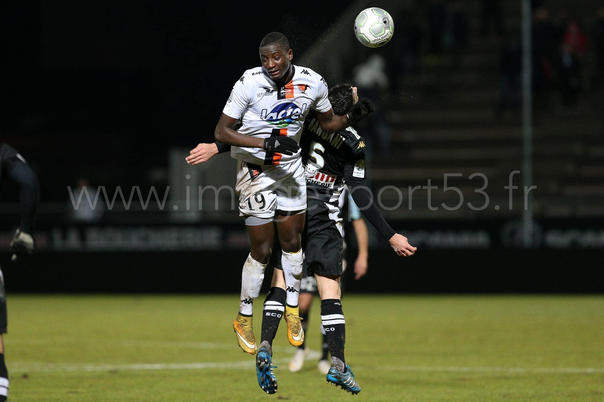 NG-Ligue2-1415-J25-Angers-Laval_10
