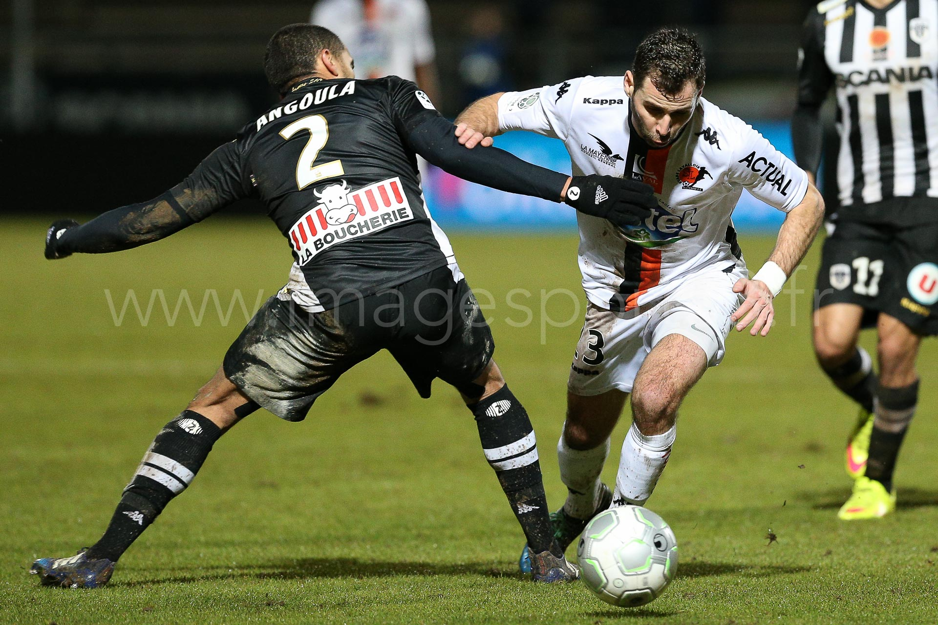 NG-Ligue2-1415-J25-Angers-Laval_11