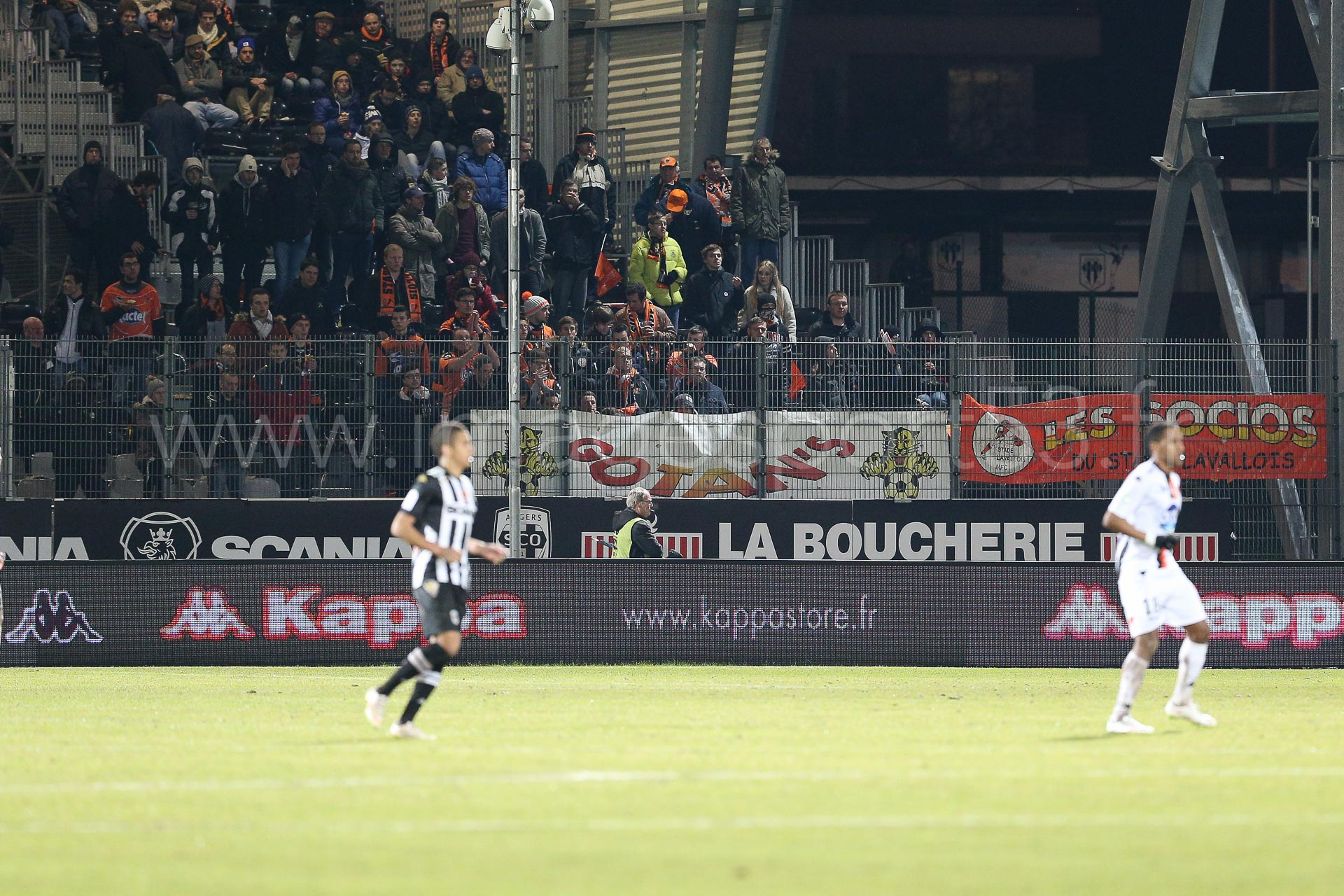 NG-Ligue2-1415-J25-Angers-Laval_12