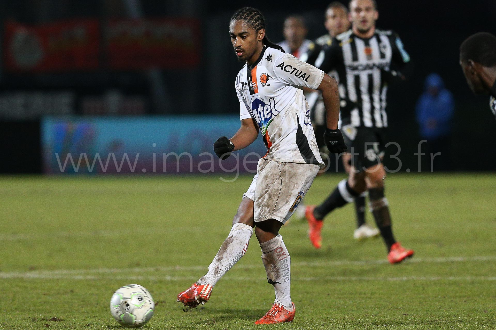 NG-Ligue2-1415-J25-Angers-Laval_20