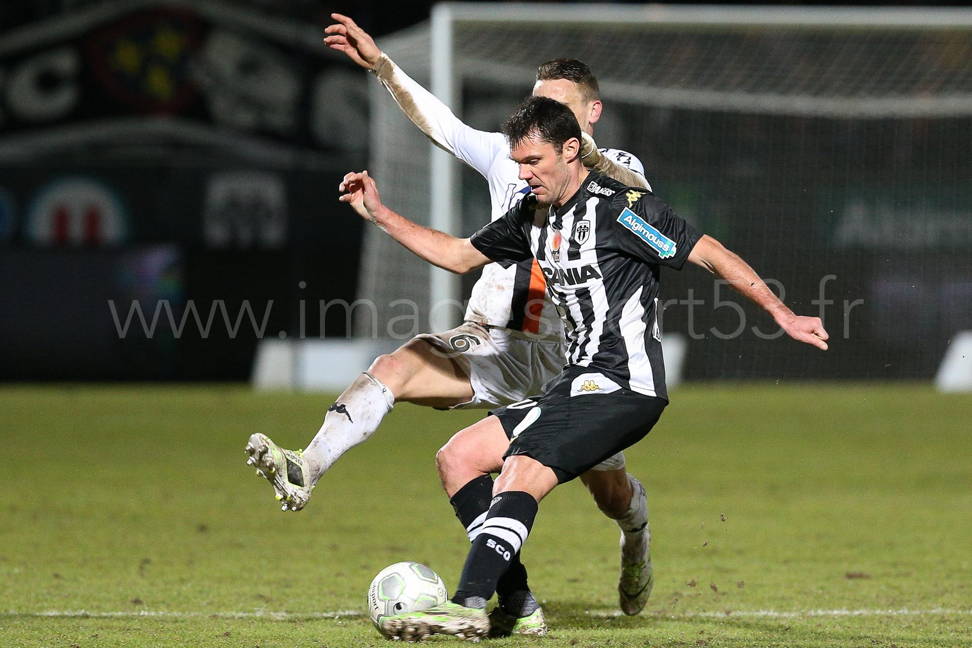 NG-Ligue2-1415-J25-Angers-Laval_23