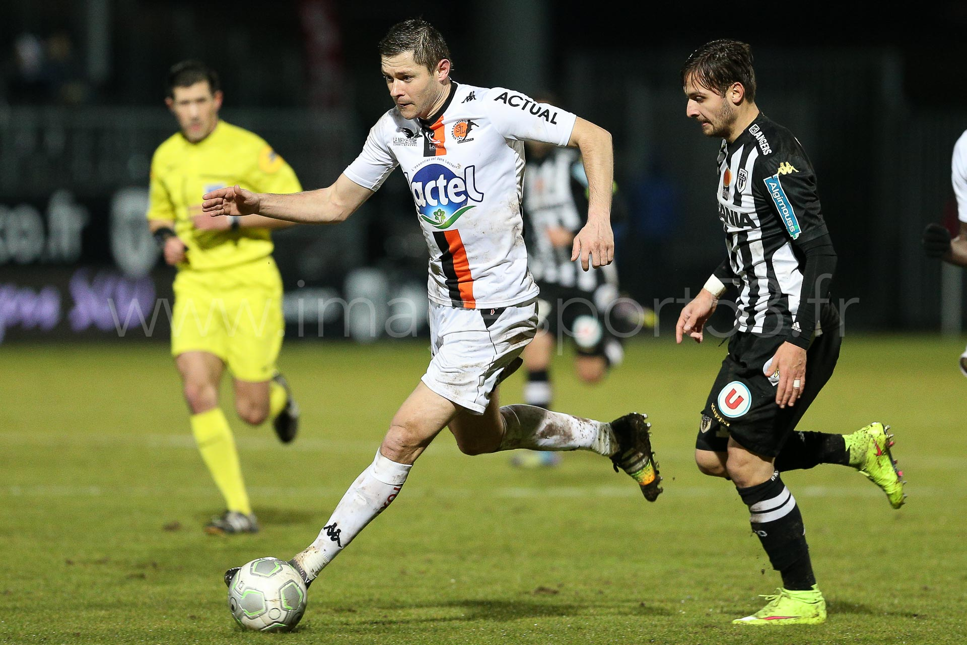 NG-Ligue2-1415-J25-Angers-Laval_27