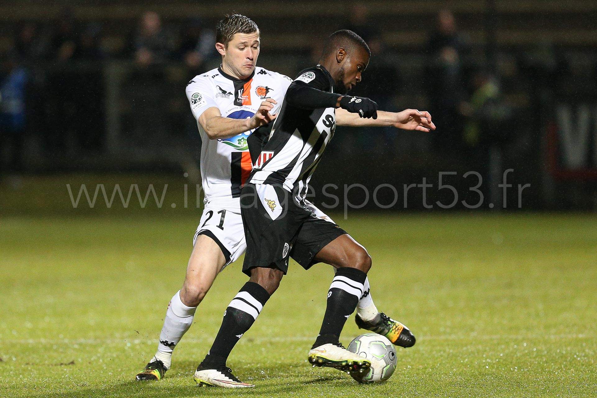 NG-Ligue2-1415-J25-Angers-Laval_3