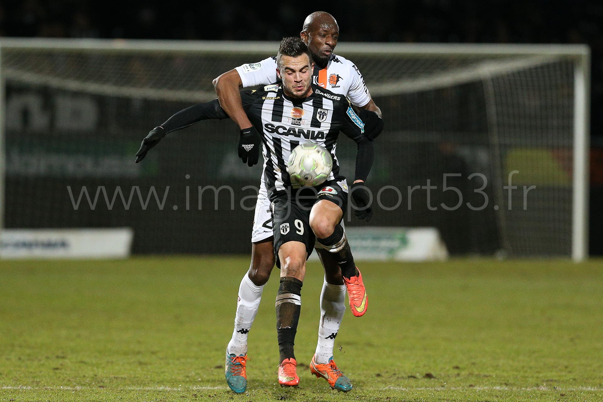 NG-Ligue2-1415-J25-Angers-Laval_31