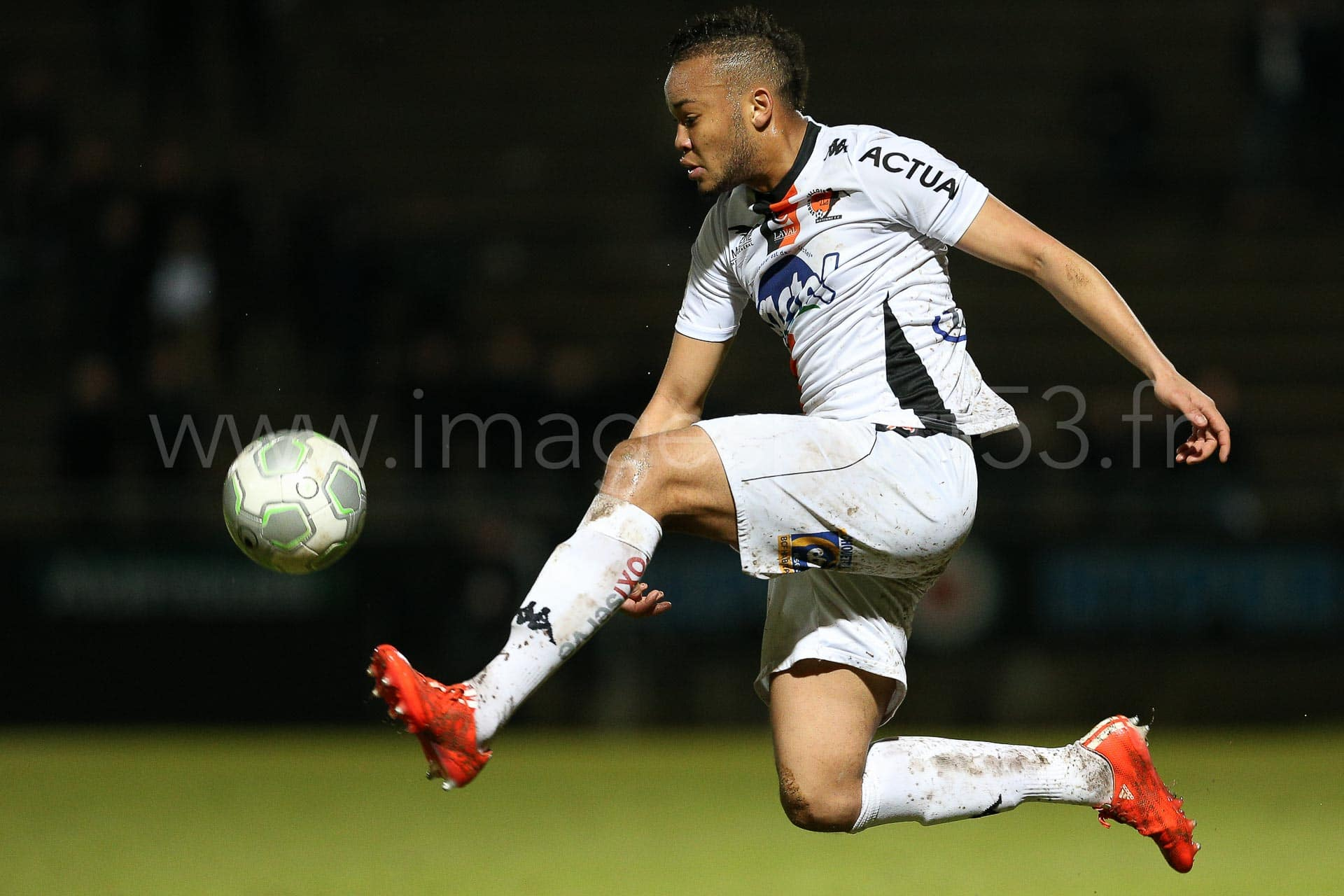 NG-Ligue2-1415-J25-Angers-Laval_5