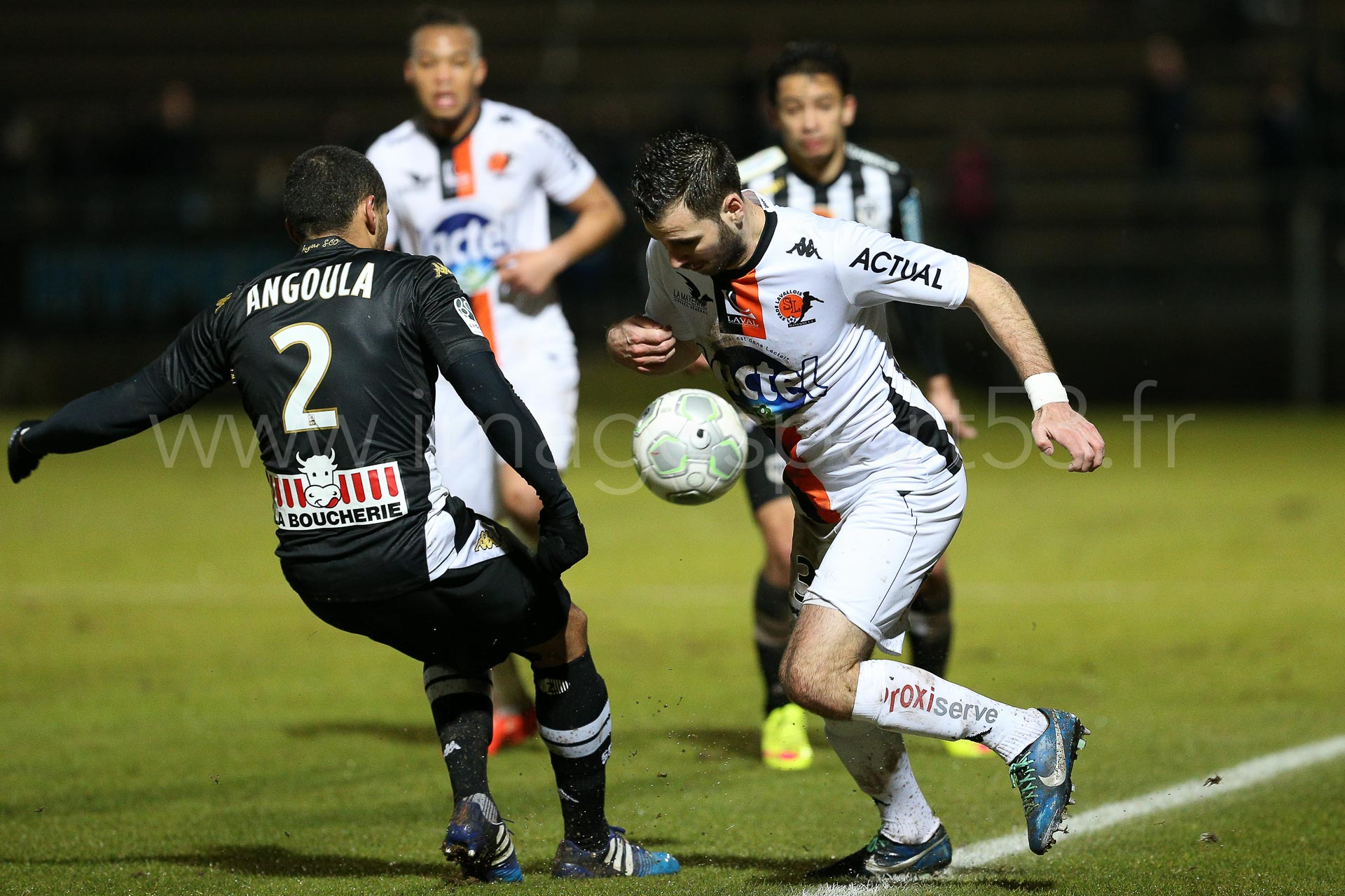 NG-Ligue2-1415-J25-Angers-Laval_6