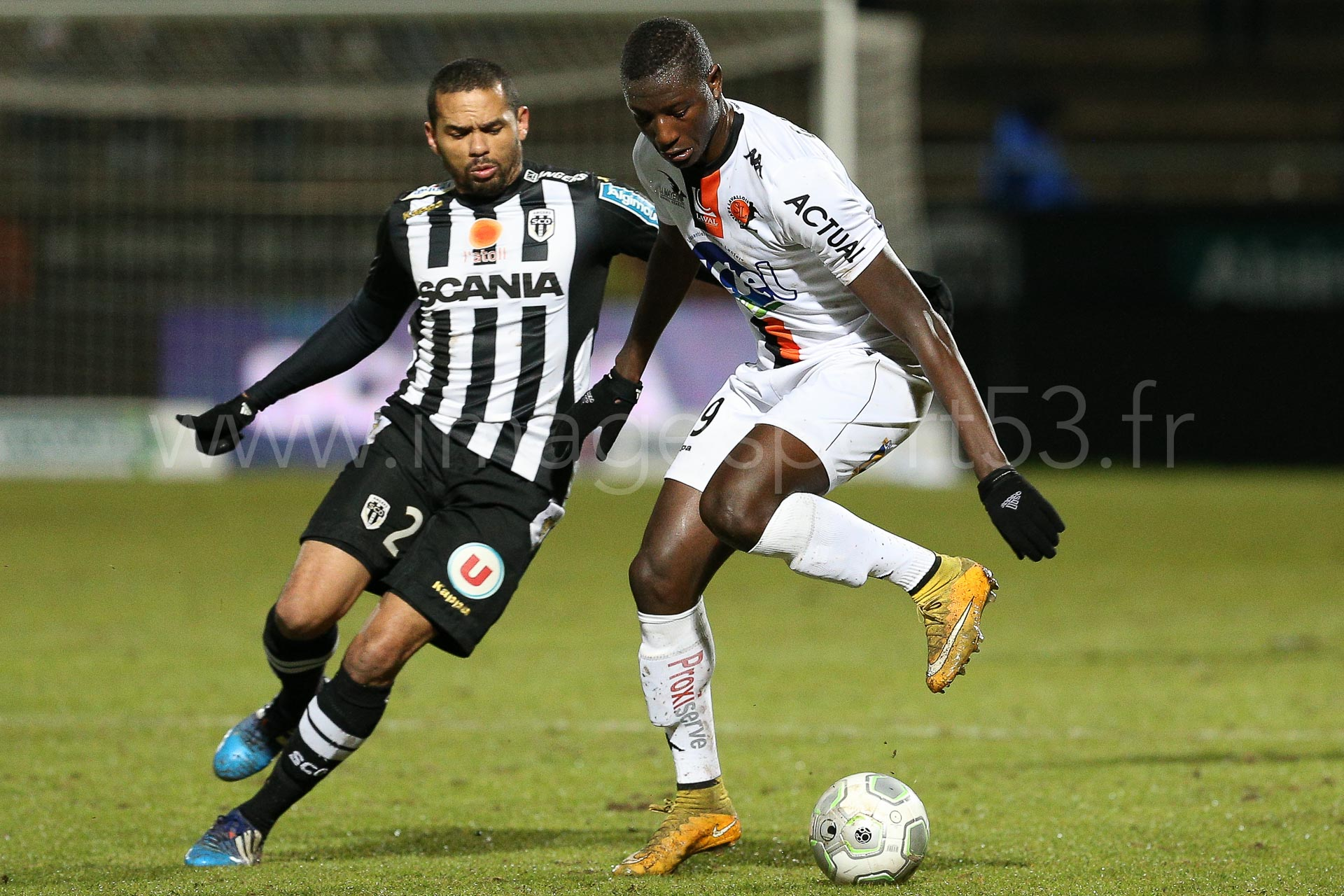 NG-Ligue2-1415-J25-Angers-Laval_7