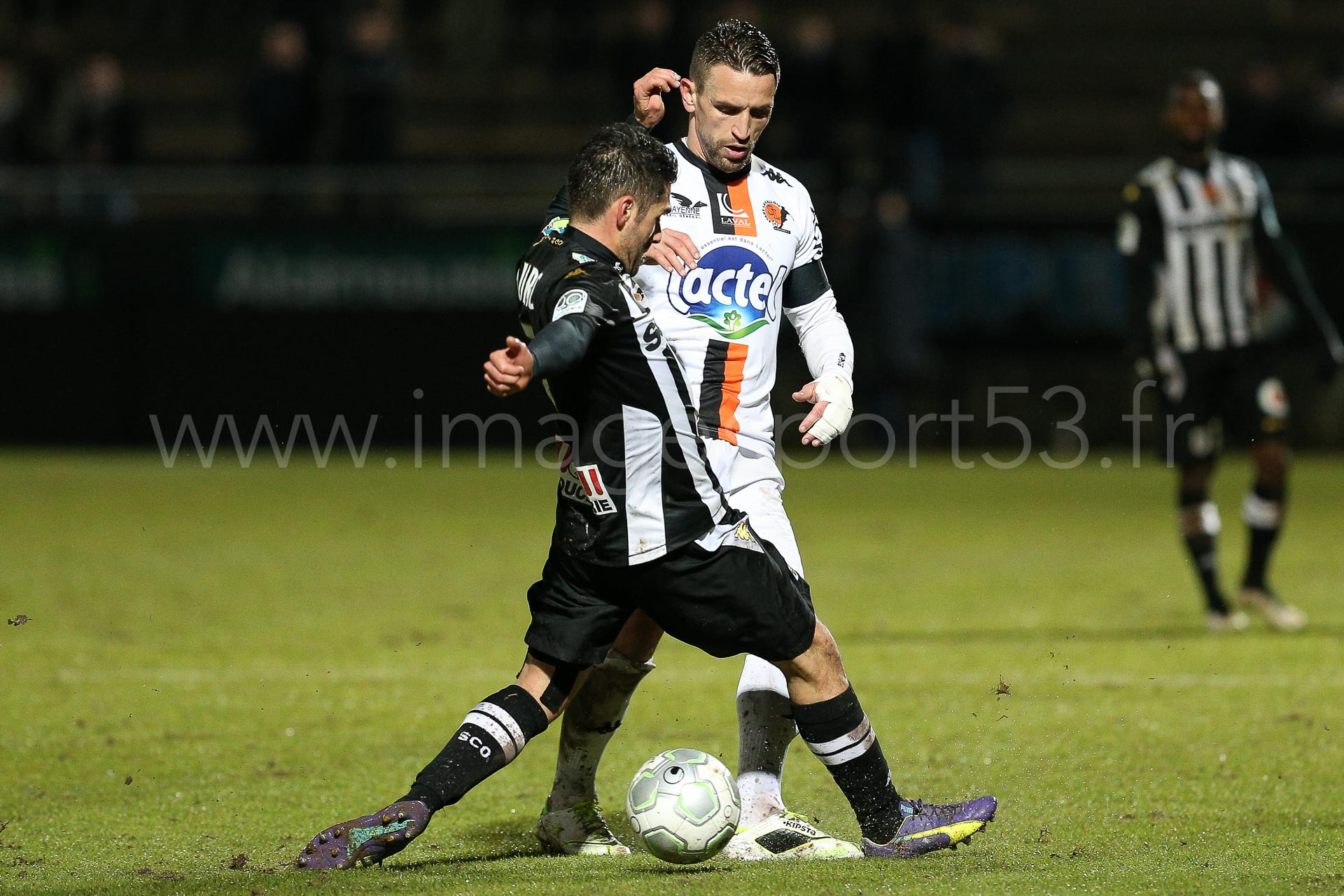 NG-Ligue2-1415-J25-Angers-Laval_8