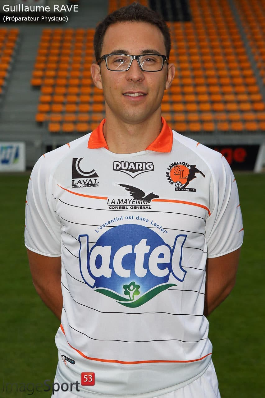NG_1314_Ligue2_PhotoOfficielle_Stade-Lavallois_10