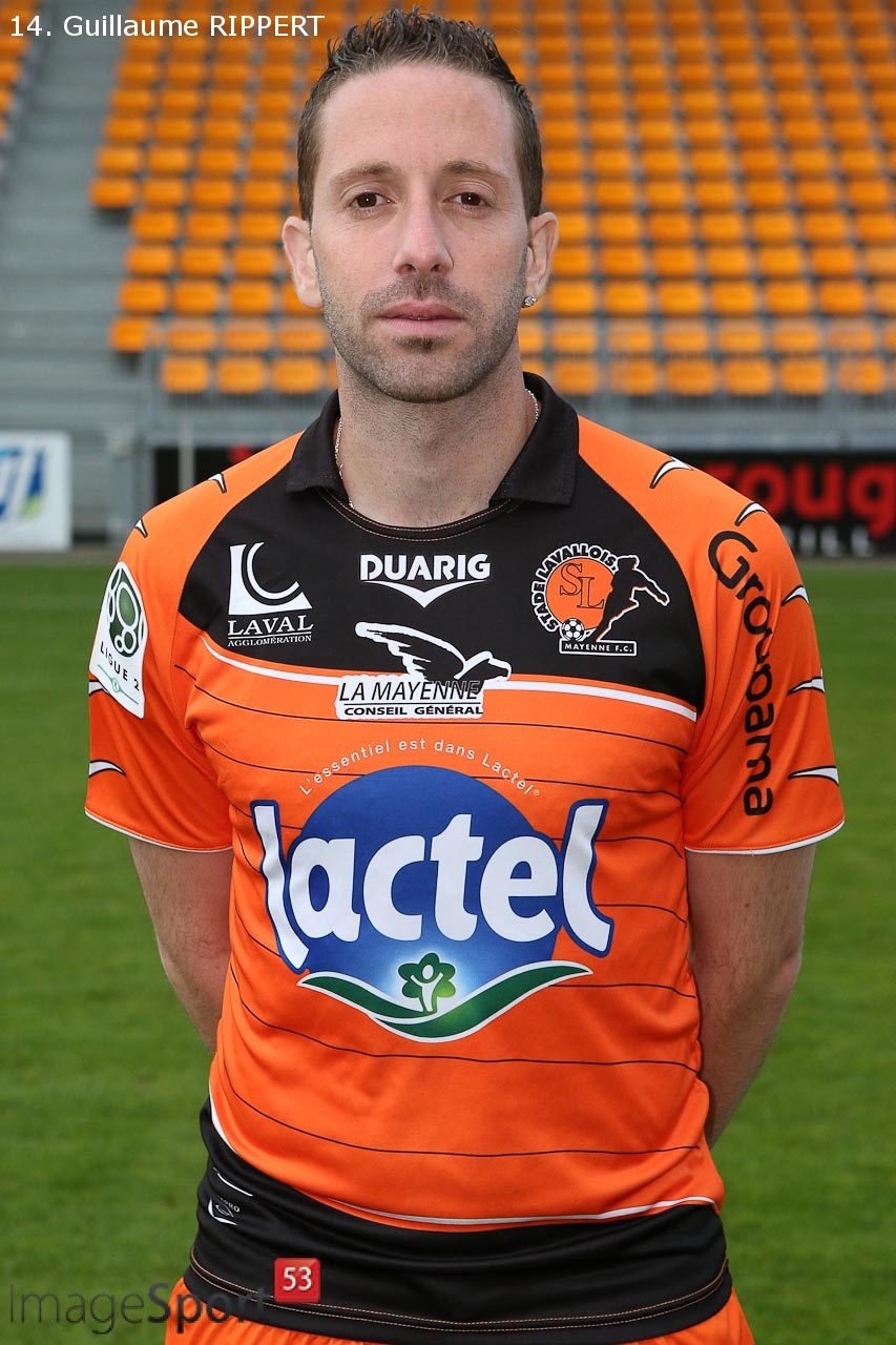 NG_1314_Ligue2_PhotoOfficielle_Stade-Lavallois_11