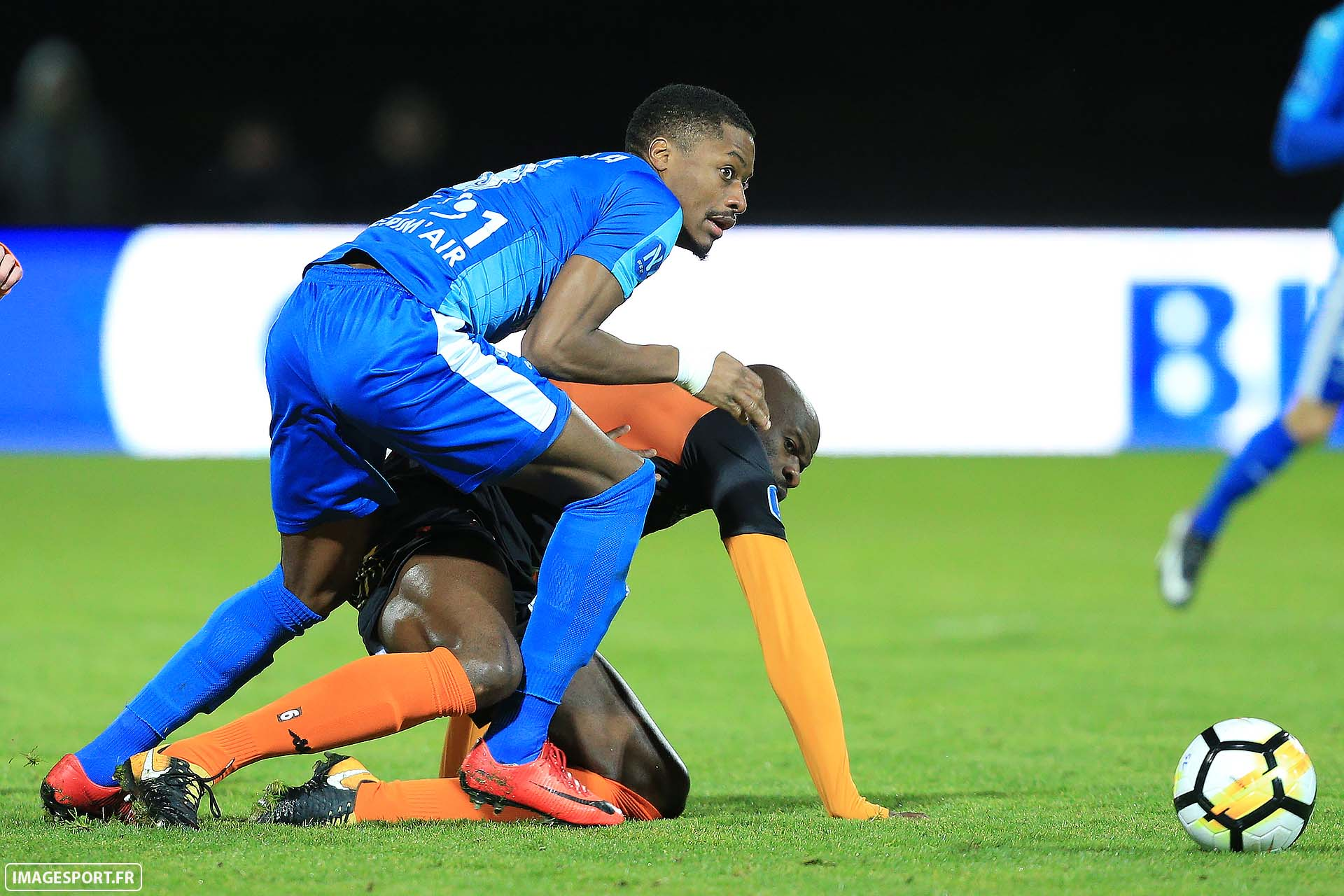 4-stade-lavallois-imagesport-dabo