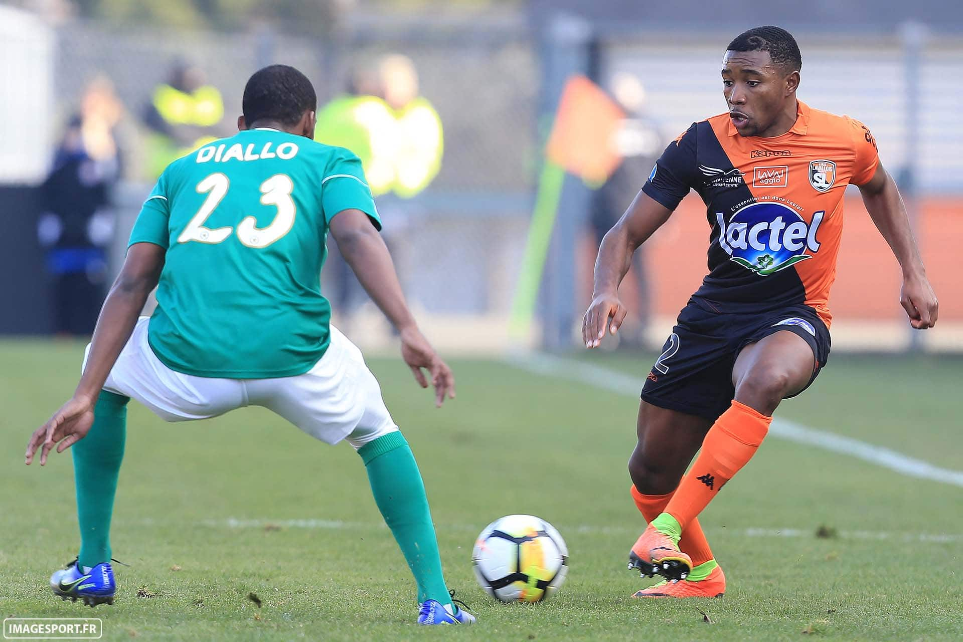 Amadou DIALLO (Red Star FC) / Sharly MABUSSI (Stade Lavallois)