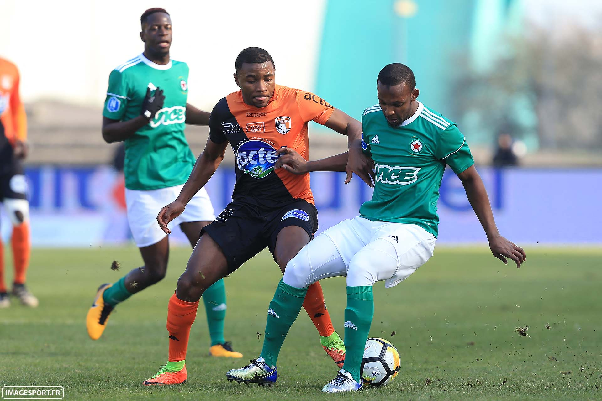 Sharly MABUSSI (Stade Lavallois) / Amadou DIALLO (Red Star FC)