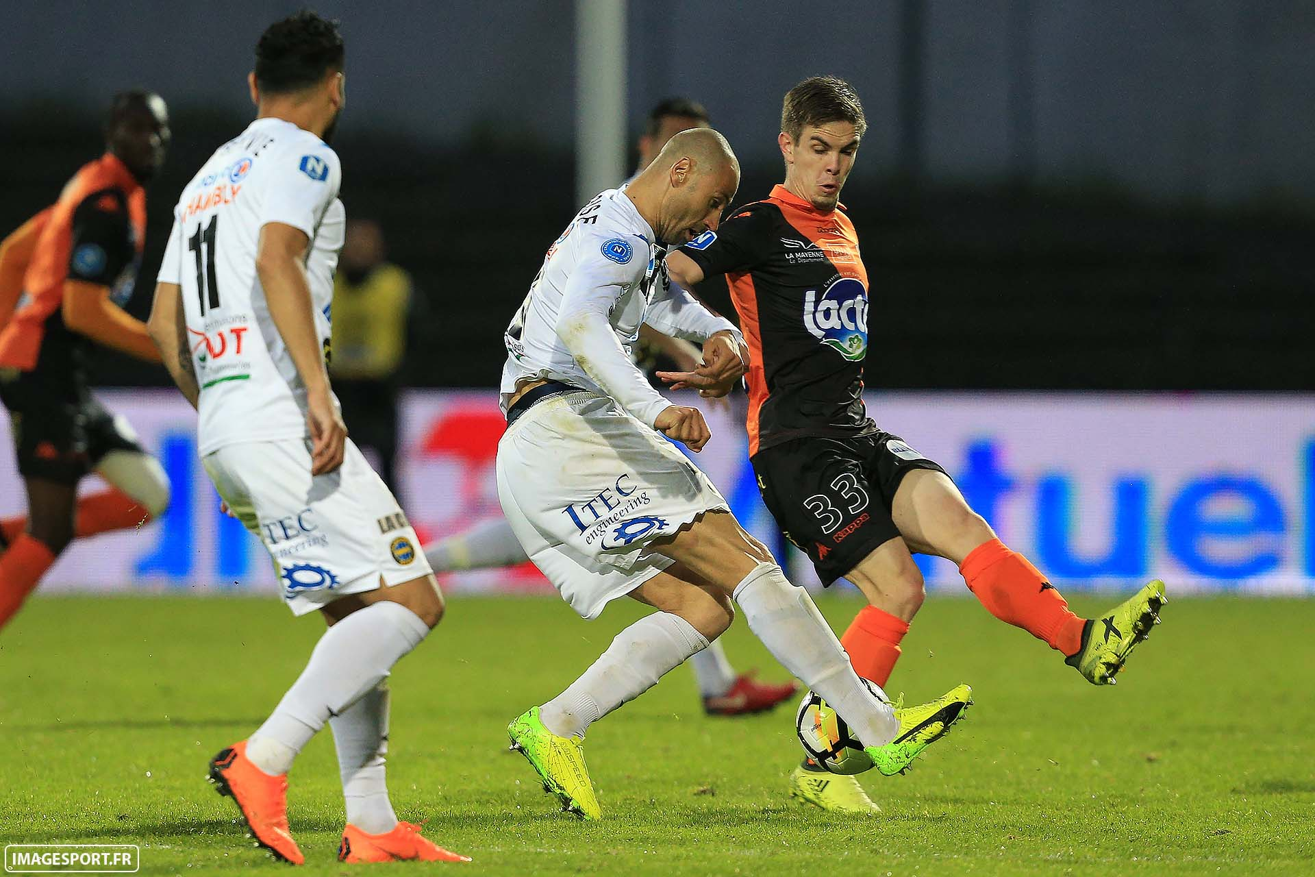 Laurent HELOÏSE (FC Chambly Oise) / Clément COUVRY (Stade Lavallois)