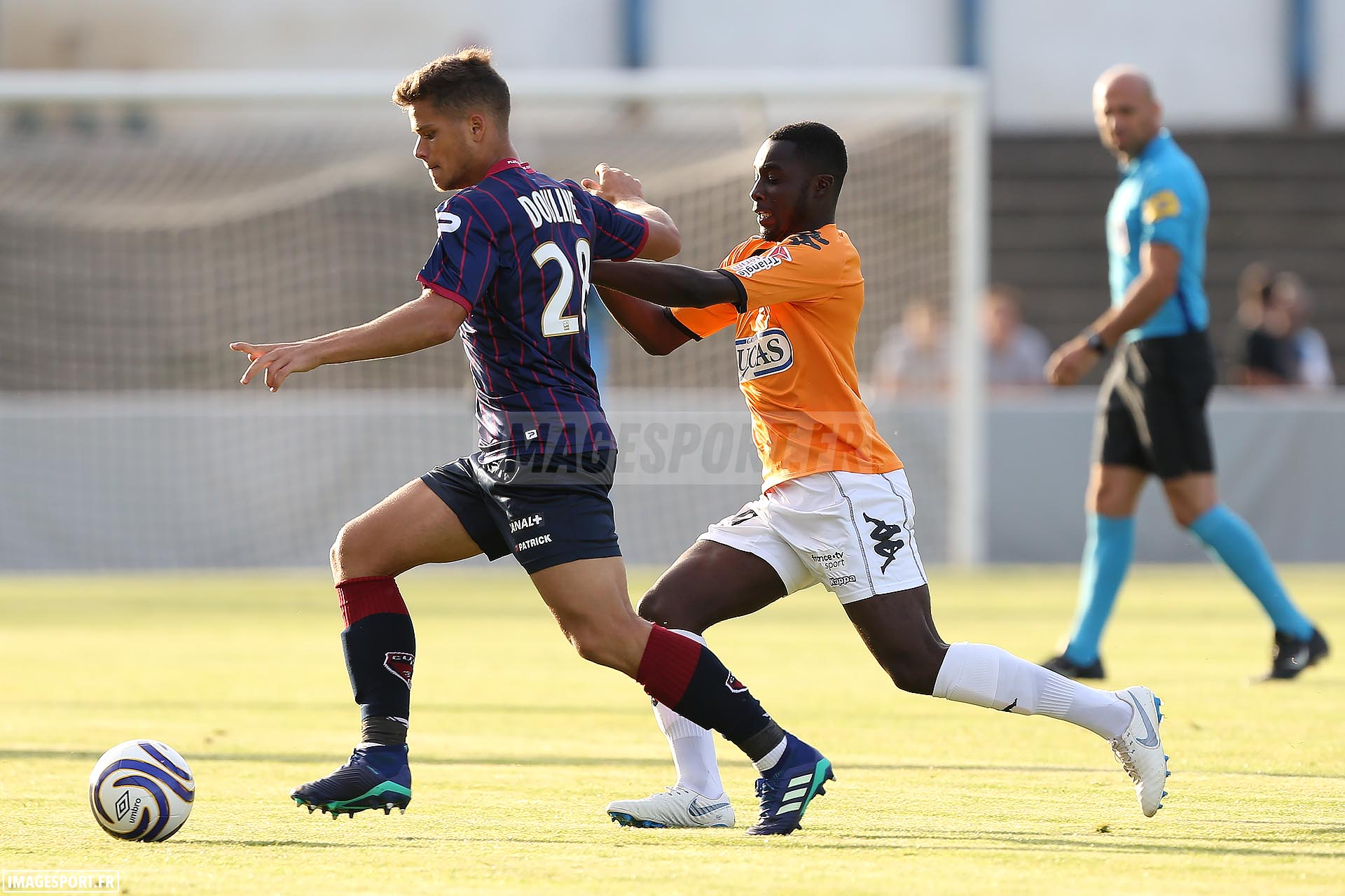 David DOULINE (Clermont Foot) / Baba CISSE (Stade Lavallois)