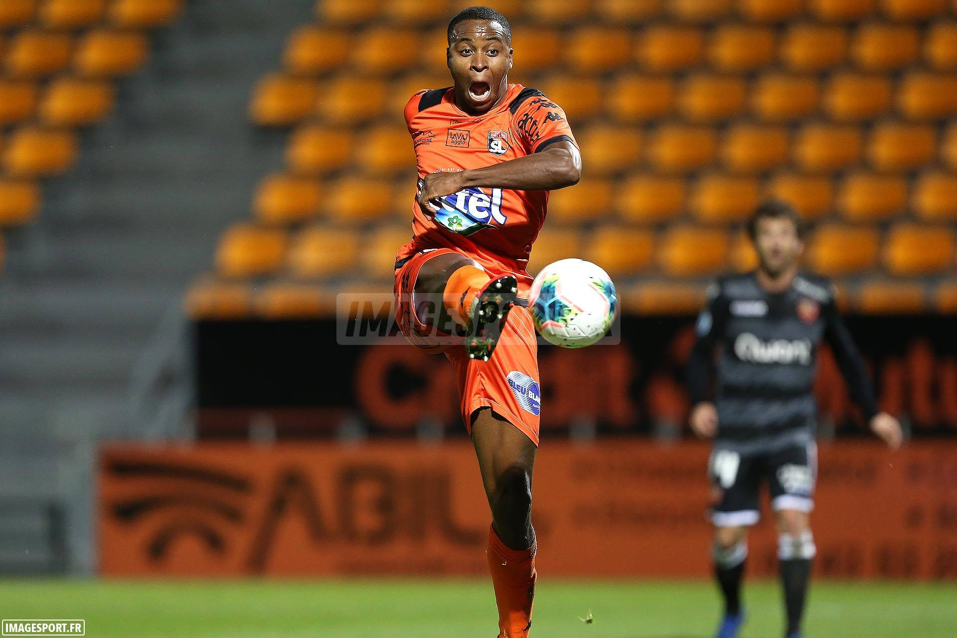 national-laval-ajaccio-football_15