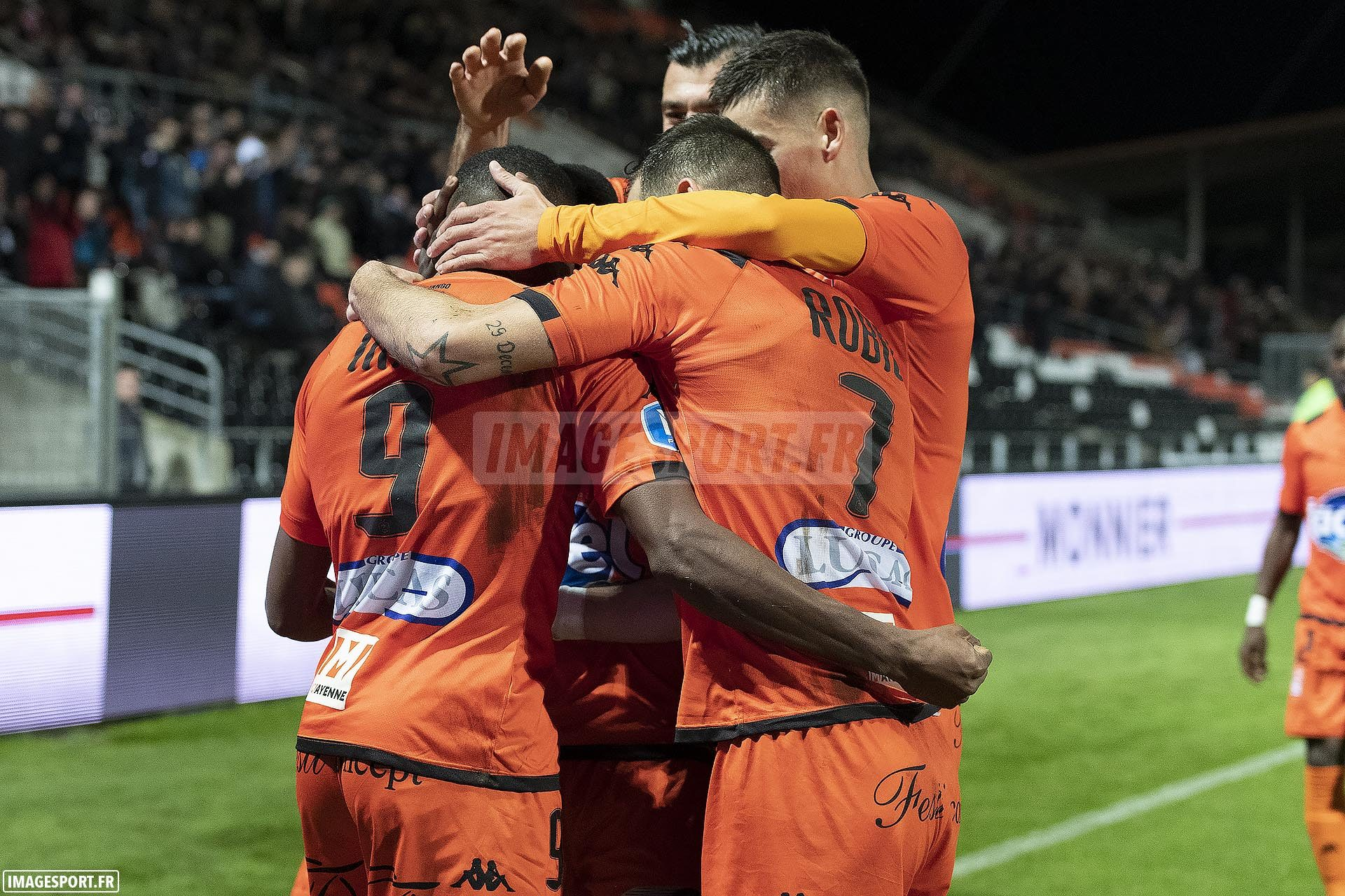 national-laval-ajaccio-football_20